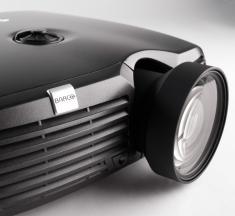 Проектор Barco F22 SX+ Zoom High Brightness-1